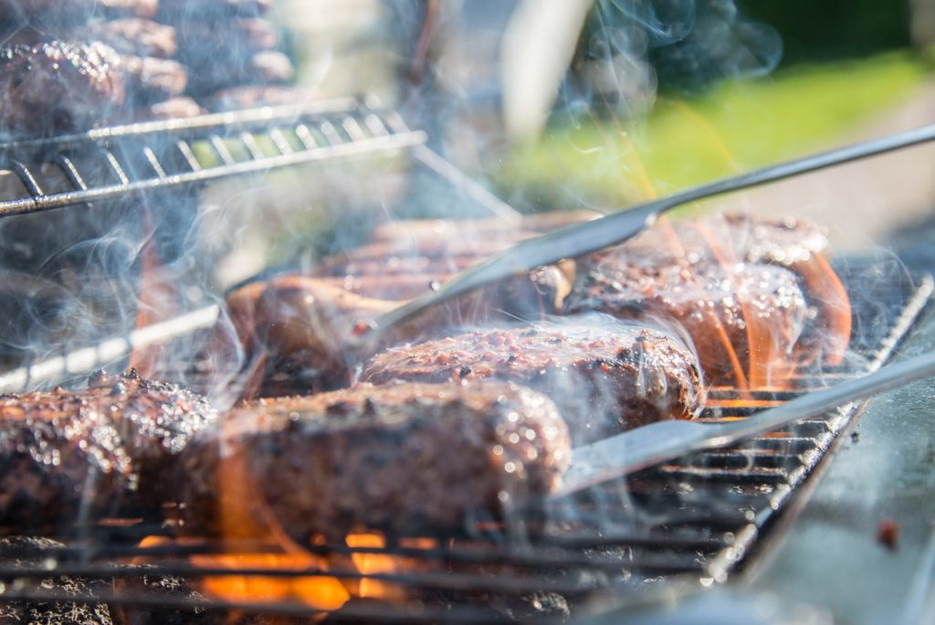 Best charcoal for grilling steaks