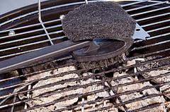 clean a charcoal grill